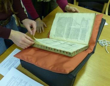 Looking at the Whipple's copy of Daniel Barbaro's La pratica della perspettiva